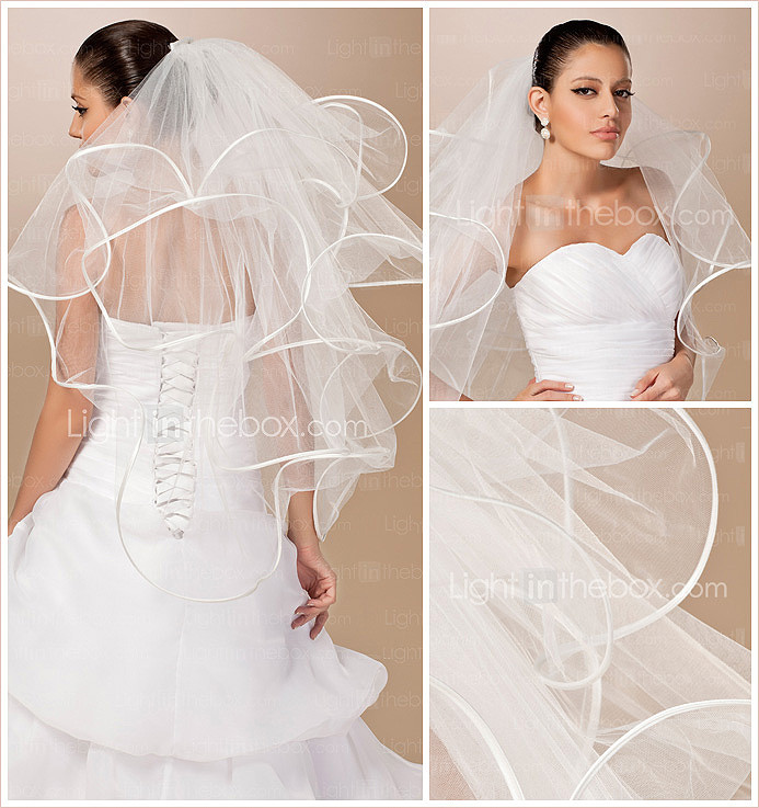 Four-tier Tulle Ribbon Edge Fingertip Wedding Veil