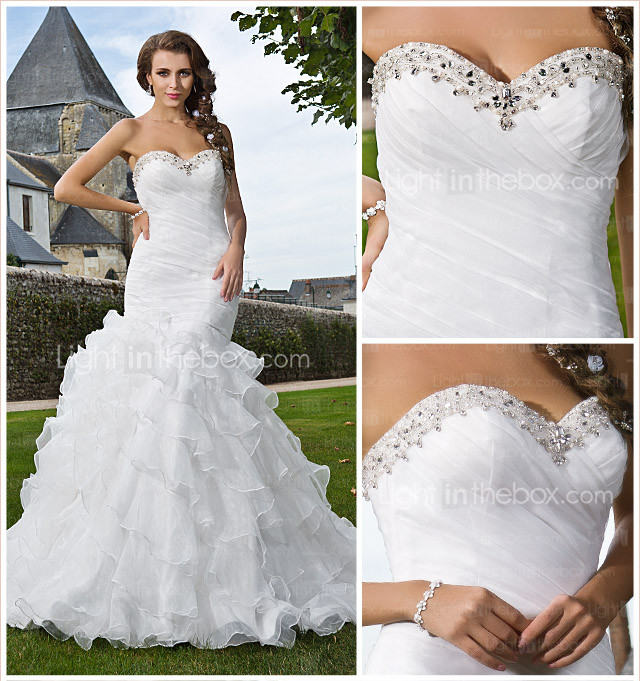 Trumpet/Mermaid Sweetheart Strapless Chapel Train Organza Tiered Wedding Dress