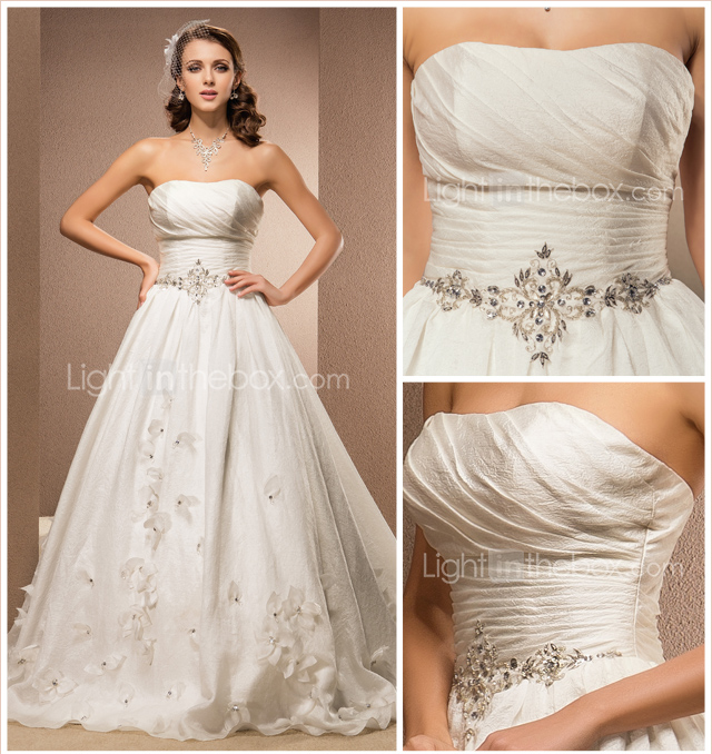 A-line Strapless Chapel Train Kapok Yarn Wedding Dress 