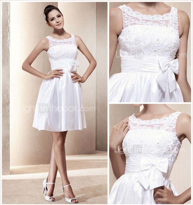 A-line Scoop Short/Mini Taffeta Wedding Dress