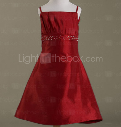 Платье из атласа стрейч стиль