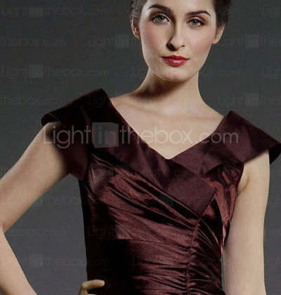 Sheath/Column V-neck Knee-length Stretch Satin Mother of the Bride Dress
