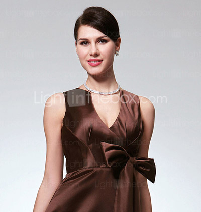 A-line V-neck Floor-length Satin Bridesmaid Dress