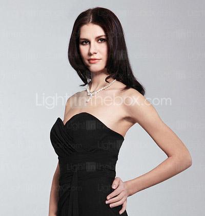 Angelina Jolie Body Type. Body Shape: Apple, Hourglass,