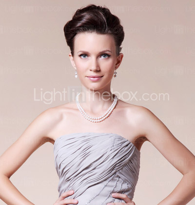 Sheath/ Column Strapless Knee-length Side-Draped Chiffon Mother of the Bride Dress With A Wrap