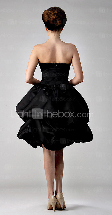 Clearance!Ball Gown Strapless Knee-length Satin Bridesmaid/ Wedding Party Dress
