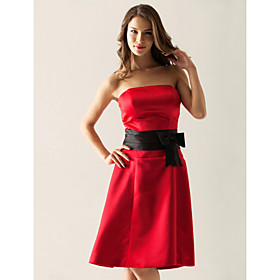 A-line Strapless Knee-length Satin Bridesmaid/ Wedding Party Dress