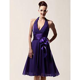 A-line Halter V-neck Knee-length Chiffon Matte Satin Bridesmaid/ Wedding Party Dress