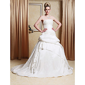 A-line / Princess Gown Strapless Chapel Train Taffeta Wedding Dress With Beaded Appliques