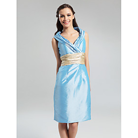Sheath/ Column V-neck Knee-length Taffeta Bridesmaid Dress