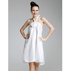 Taffeta Sheath/Column Halter Knee-length Cocktail Dress