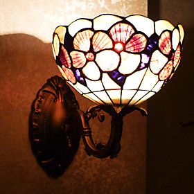 Antique Inspired Wall Light in Tiffany Style - Floral Patterned