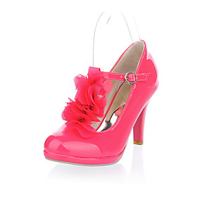 Leatherette Chunky Heel T-strap Pumps With Flower (More Colors)
