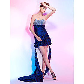 Sheath/Column Sweetheart Asymmetrical Taffeta Cocktail Dress