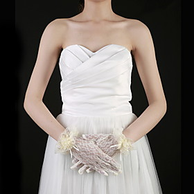 Tulle Wrist Length Fingertips Bridal Gloves With Appliques