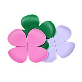 Novelty Flower-Shaped Silicone Coasters (Random Colors)