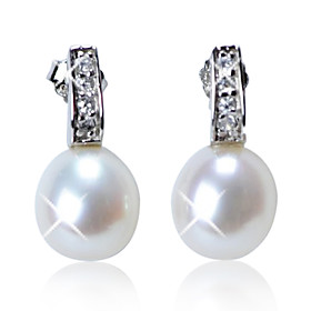 Lovely Sterling Silver Fresh Pearl Earrings with Crystal