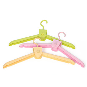 Lovely Foldable Plastic Clothes Hanger for Travel (Random Color,4-Piece/Set)