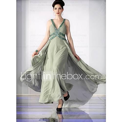 ...атласных вечерних платьев на LightInTheBox.com прямо...  Мне нравится.