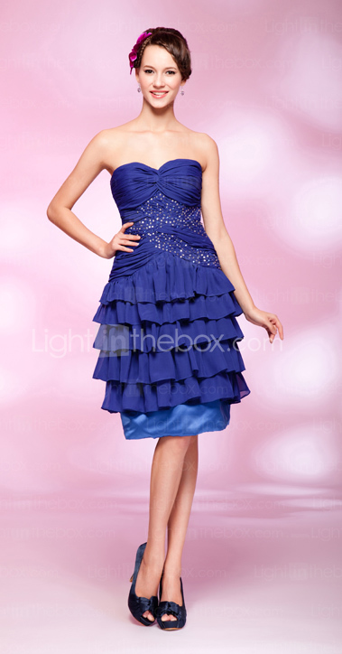 A-line Sweetheart Knee-length Sequined  Chiffon Cocktail Dress