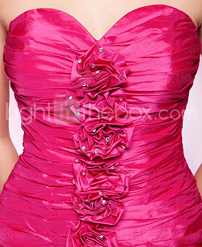 Sheath/Column Strapless Sweetheart Short/Mini Taffeta Cocktail Dress