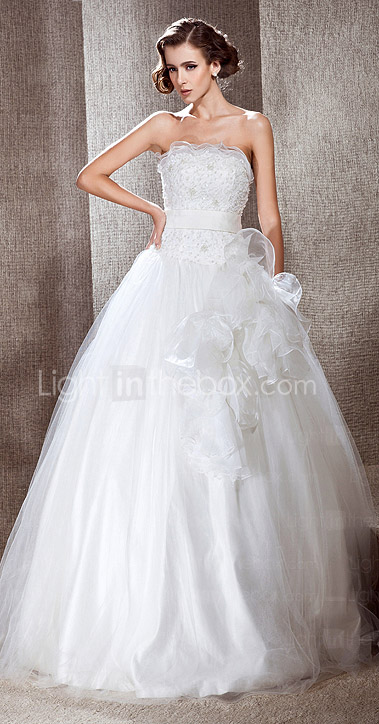 Ball Gown Strapless Floor-length Tulle Wedding Dress With Flowers