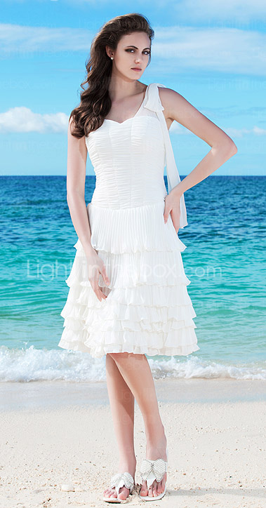 Sheath/Column One Shoulder Knee-length Chiffon Wedding Dress