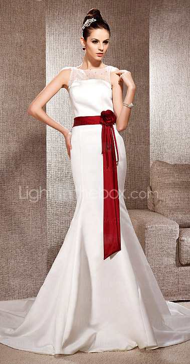 Trumpet/Mermaid Bateau Neck Court Train Satin Wedding Dress 