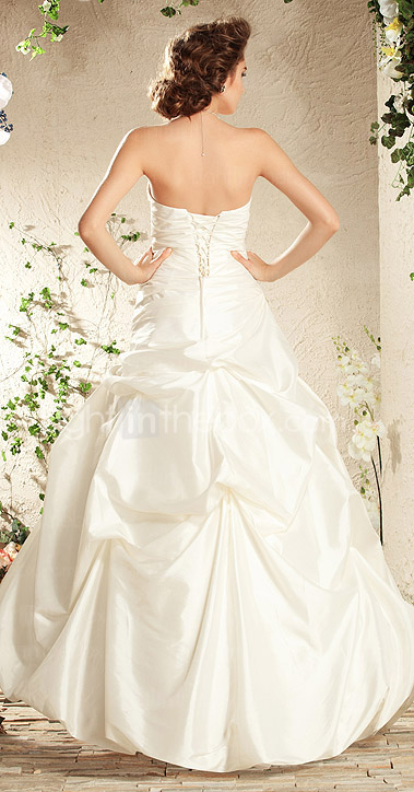 A-line Sweetheart Floor-length Taffeta Wedding Dress