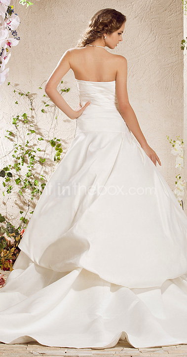 Ball Gown Strapless Court Train Satin Weeding Dress